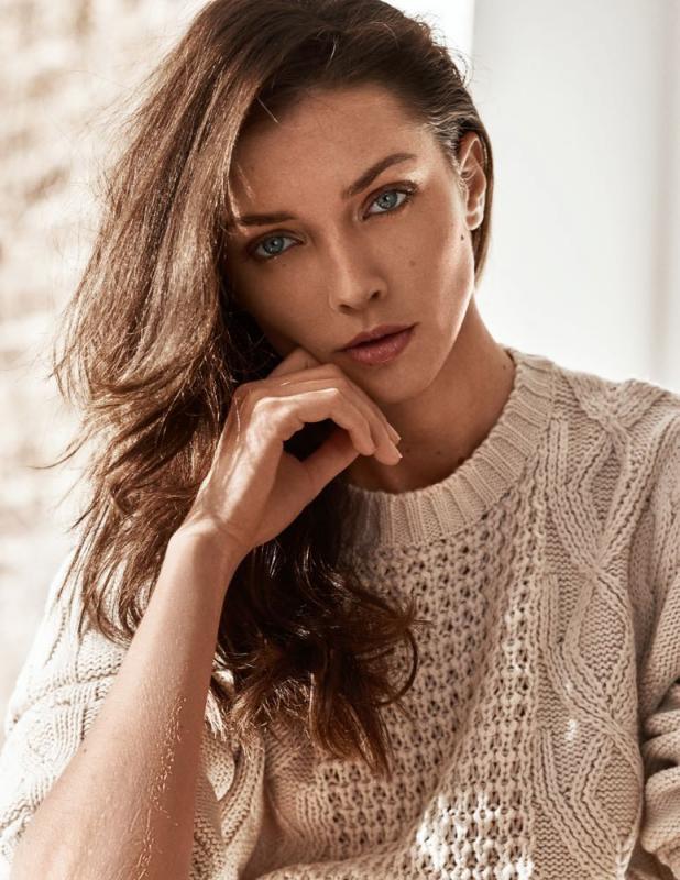 Anastasia Safanov - Mainboard
