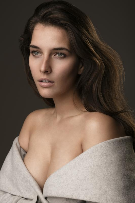 Veronika N - Main curve