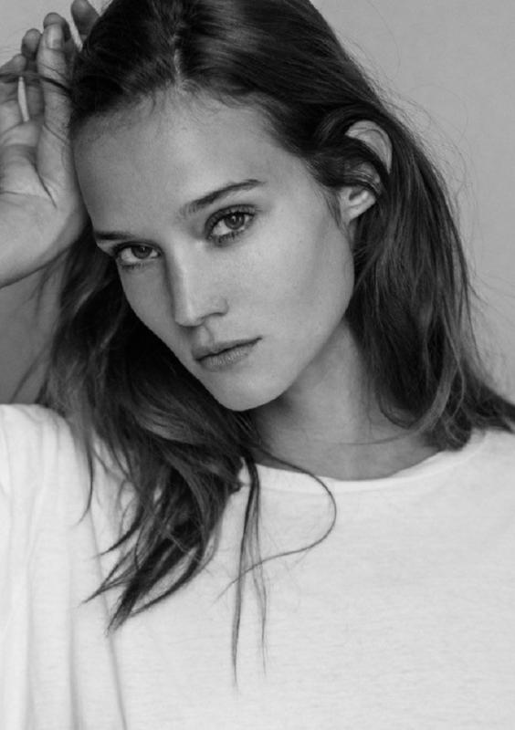 Johanna  - Main women