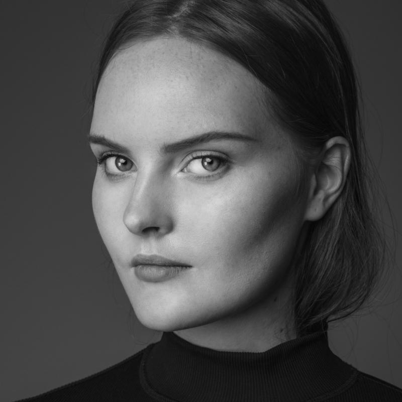 Karoline Bjornelykke - New faces curve