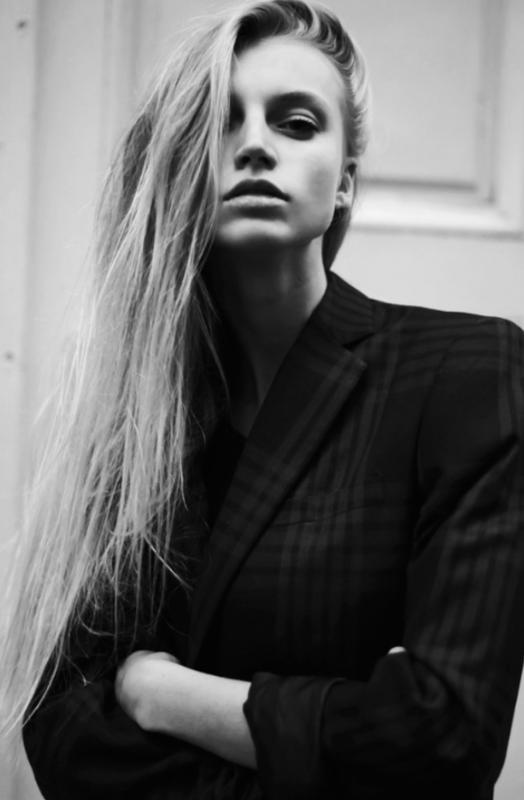Axelle - - Women