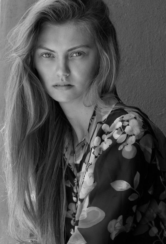 Oleska O - Direct booking women