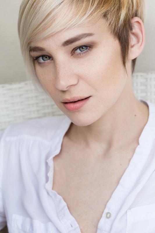 Emilie D - Women uae