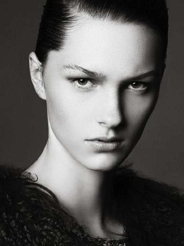 Emily S. - Fashion (ottawa)