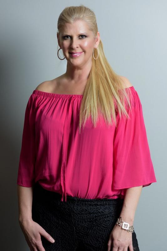 Leeanne L. - Life - commercial (ottawa)