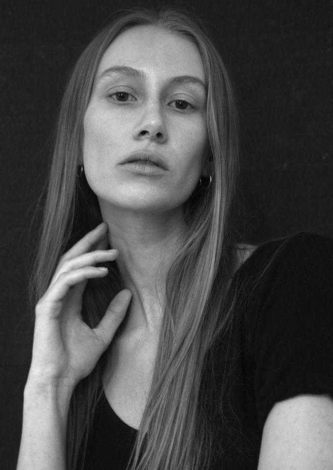 Lea Petrine  - Women