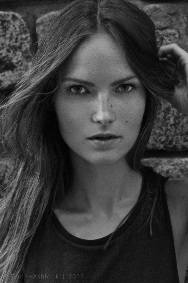 Martine Dyb - Mainboard