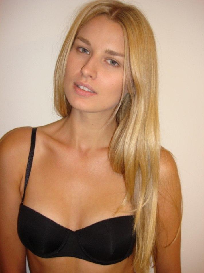 JULIA ANISIMOVA