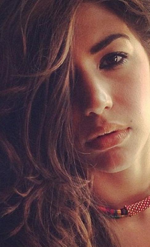 JAMIE HYDER - La mainboard (website)