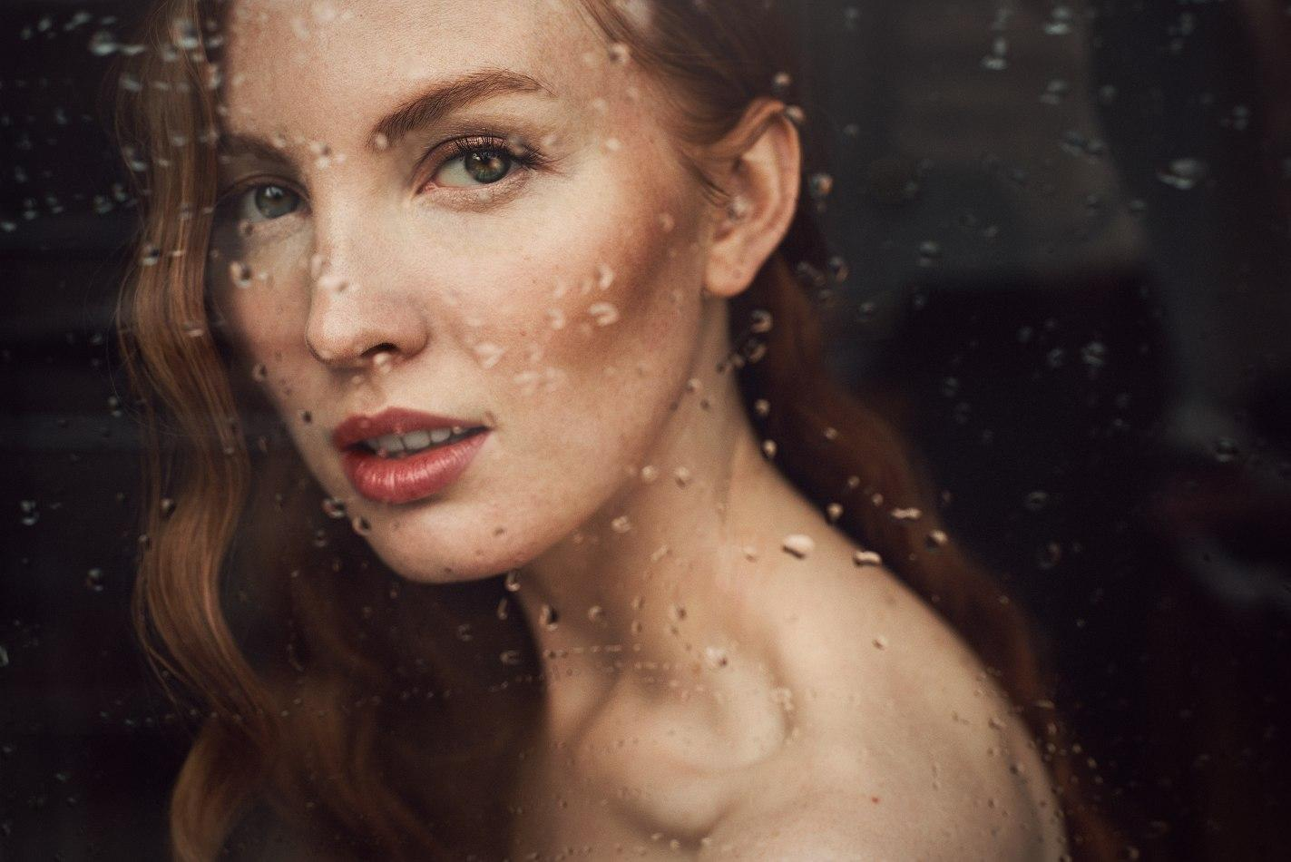 VALERIA LEONOVA