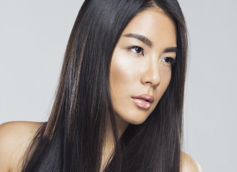 HANNAH JUN - La mainboard (website)