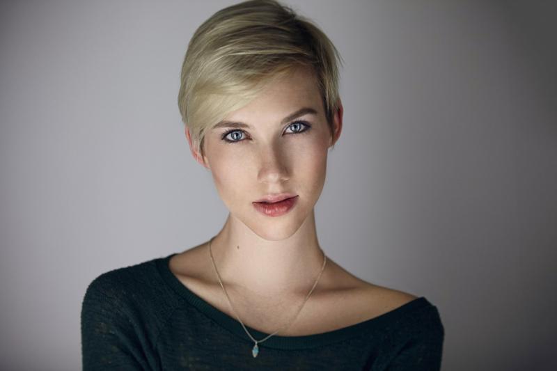 Claire Aniela